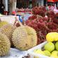 Malasia Viajes   Fruta en el mercado, Borneo