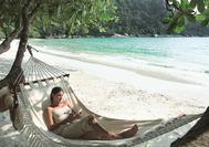 Relax en la playa de Pangkor Laut
